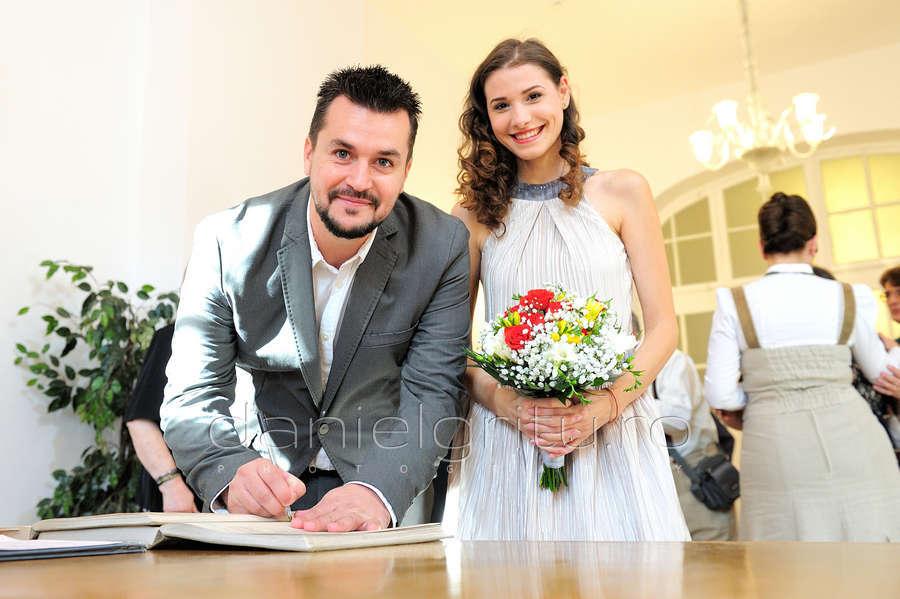 Daniel Gritu | Fotograf nunta | Cununie civila | Ioana Picos & M