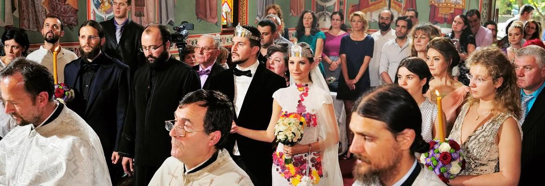 fotograf nunta | fotografie de nunta in bucuresti la biserica