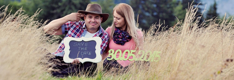 fotograf nunta | sedinta foto save the date la munte cu miri frumosi si haiosi