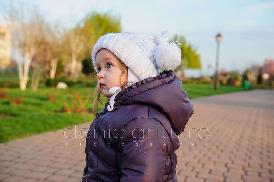 Fotograf copii Ploiesti | Prima zi de primavara cu Mariuka