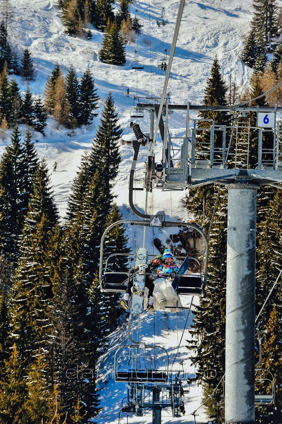 Fotograf nunta | Sedinta foto iarna pe zapada | Snowboard