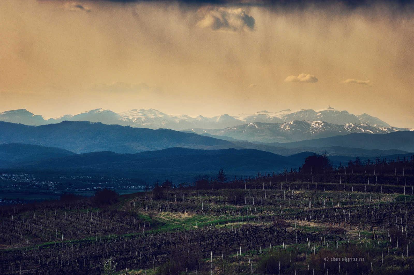 Peisaje Romania | Foto muntii Bucegi | Foto muntii Baiului | Foto dealul Seciu