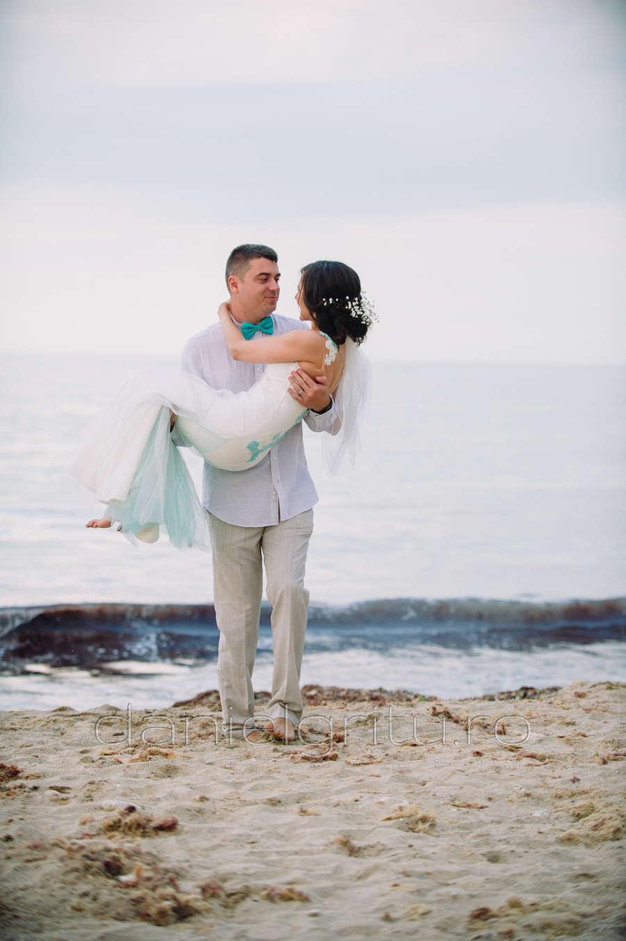 fotograf nunta pe plaja